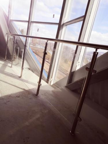 №18 Внешнее и внутреннее ограждение балкона.г. Красноярск, Досуговый корпус. ул. Лесная